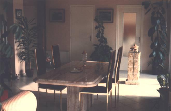 Table De Salon En Marbre Travertin A Vendre
